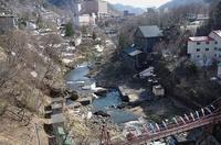 定山渓・鯉のぼり-高山橋1.JPG