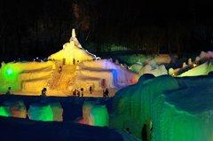 氷爆祭り氷の展望台.JPG