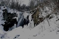 アシリベツの滝氷瀑.JPG