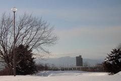 百年記念塔から手稲山方向